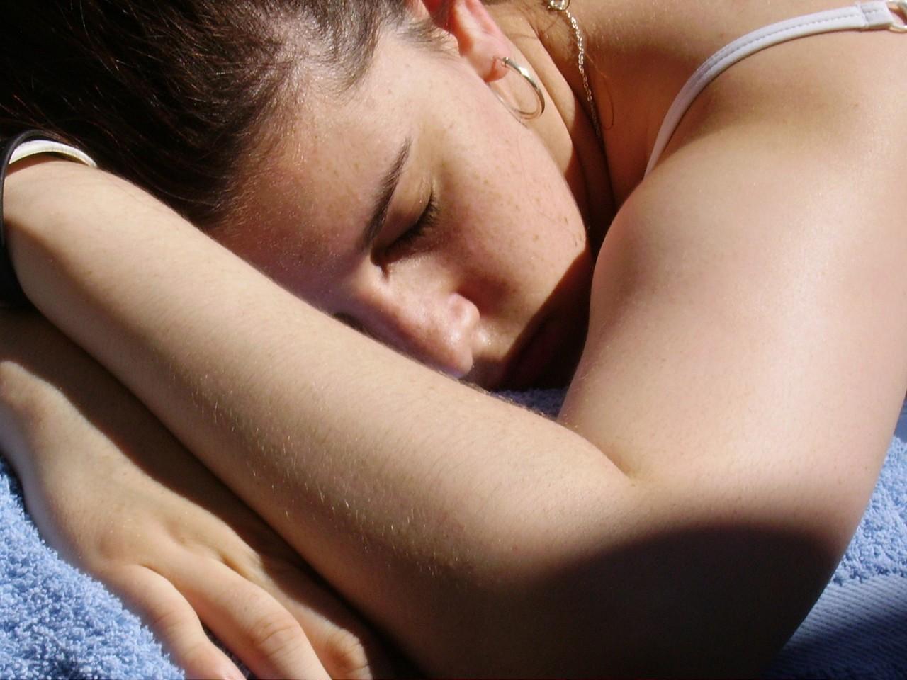 Jak walczyć z przebarwieniami skóry?